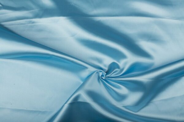 Satijn stof lichtblauw