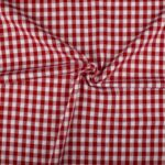 Rood wit geruite stof